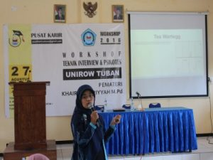workshop-teknik-interview-kerja-dan-psikotes-unirow_khairul_bariyyah